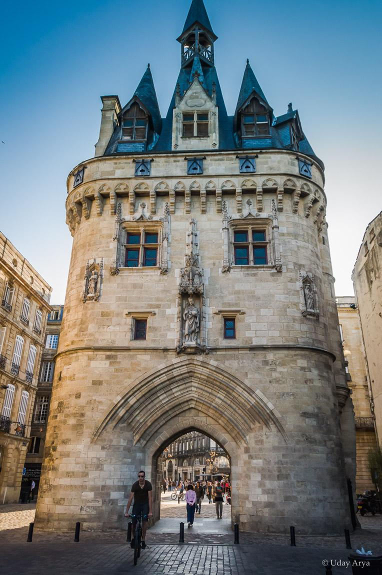 Cailhau Gate, Bordeaux