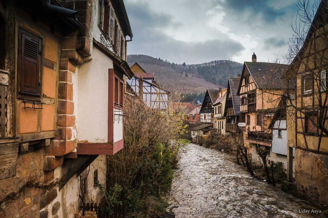 Riverside houses in Kayserberg