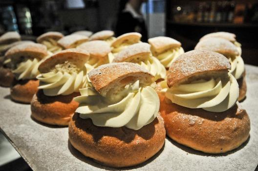 Semlas ready to delight (Photo courtesy: Lola Akinmade Akerström)